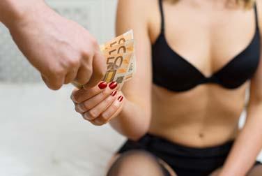 Mein erstes Mal käuflicher Sex mit einer Hure