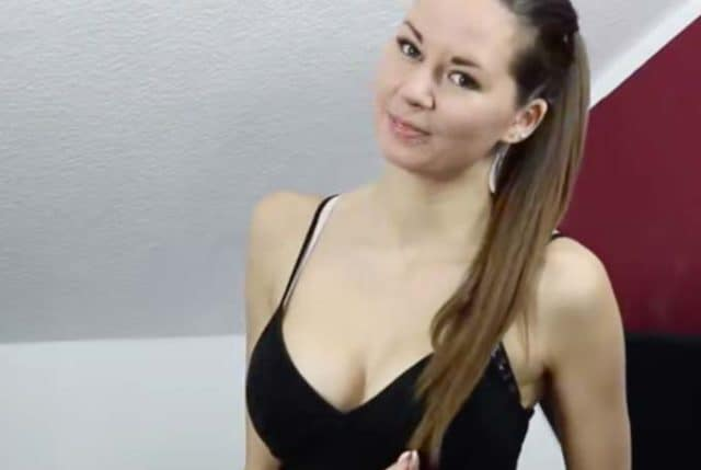 Nora Camgirl