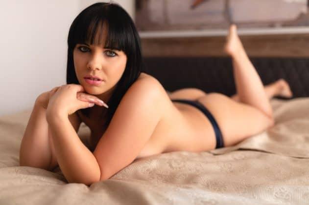 Was bieten PinaDeluxe Pornos und wo bekomme ich sie?